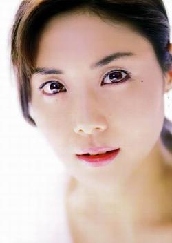 贯通日本 资讯 娱乐 >> 正文   松岛菜菜子和反町隆史的婚姻一直不被