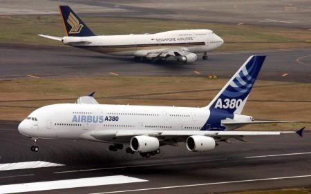 """仍将继续实施为波音中型飞机""""777""""提供机身面板而"""