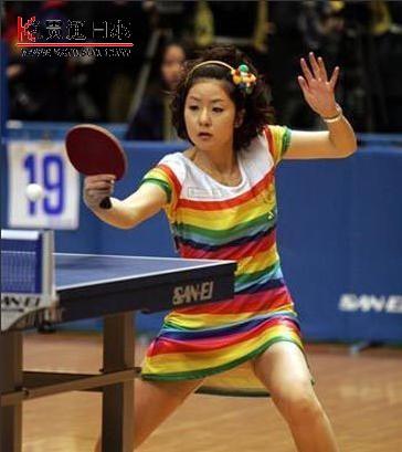 日本乒乓美女开短裙参赛先河